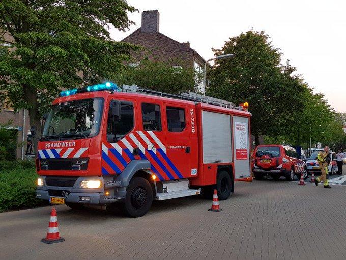 Poeldijk Gaslucht probleem bij woningen aan de Jan Barendselaan. Hulpdiensten tp. https://t.co/HK0aqlp6aD