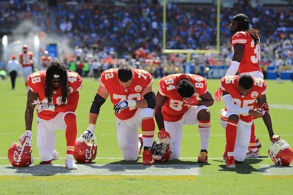 test Twitter Media - The NFL is reportedly considering a new policy that will penalize teams if players do not stand for the national anthem. The backlash against protests by athletes raises all sorts of scientific questions.   Learn about the psychology of taking a knee: https://t.co/v0bNKaam2p https://t.co/bZbKG2Vfea