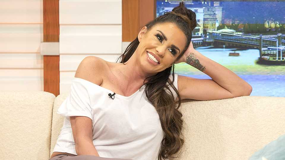 Katie Price to take part in Celebs Go Dating?