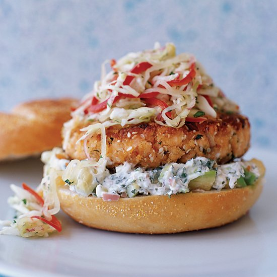 Pan-fried salmon burgers with cabbage slaw and avocado aioli: https://t.co/sHEm82yt8n https://t.co/wHJdj1h1fB