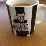 Anybody want to buy a mug 😭😭 https://t.co/7oPhI5kd1b