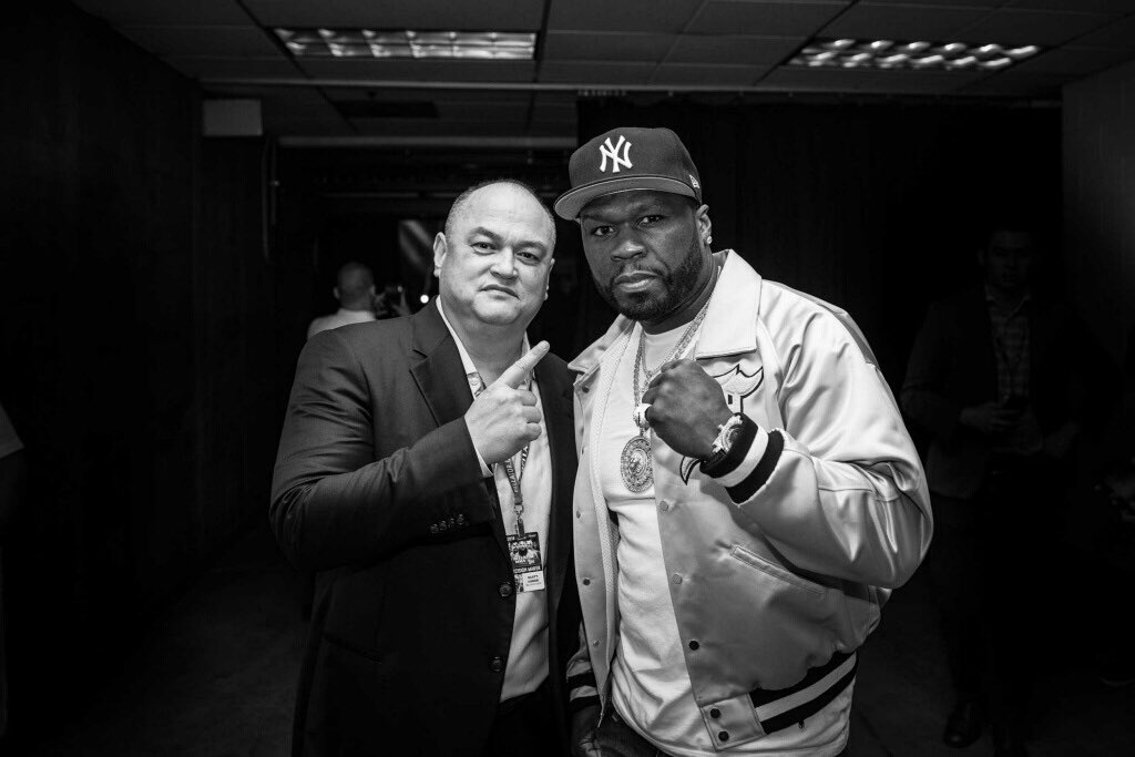 RT @ScottCoker: Great to have @50cent here cageside tonight. #Bellator199 https://t.co/myA7zBgfKs