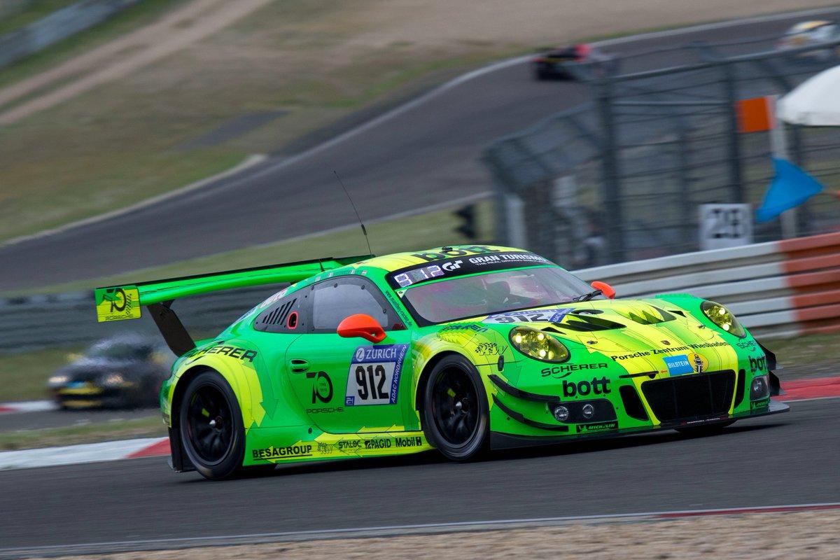 RT @PorscheRaces: #n24h - #Porsche #911GT3R from @manthey_racing takes victory @nuerburgring @PorscheNewsroom https://t.co/7MYSlRpqWX