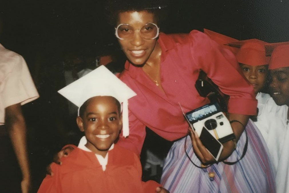 Listen to André 3000's (@outkast) two new songs for Mother's Day https://t.co/MpKijiIvvs https://t.co/Y3tIXU1XhE