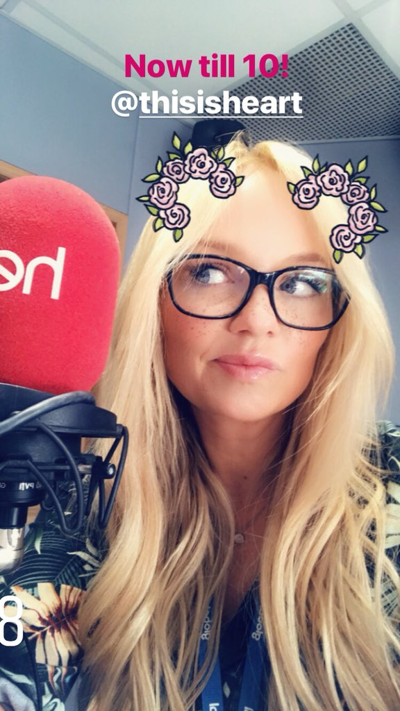 Where are you? Come join me @thisisheart let's finish the weekend together! https://t.co/ozsQiR1E3G