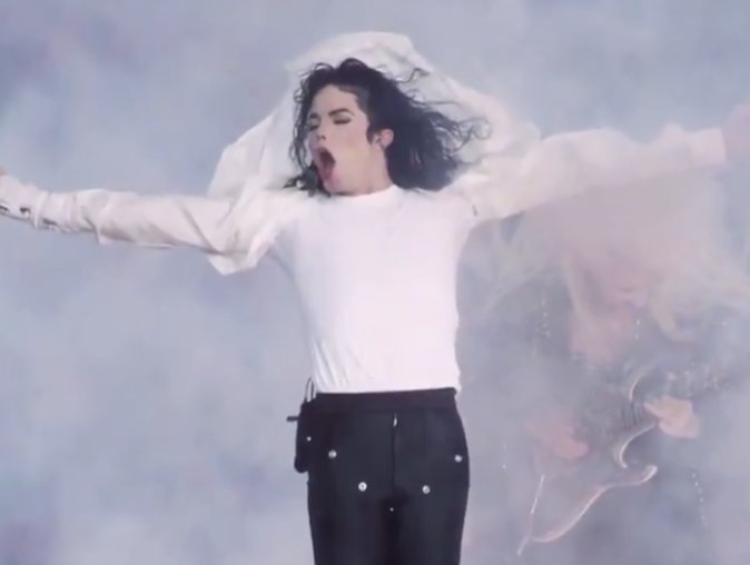 Please stop the #MichaelJackson vs #Beyoncé debate! �� #BETBreaks https://t.co/cfLUzRbILM