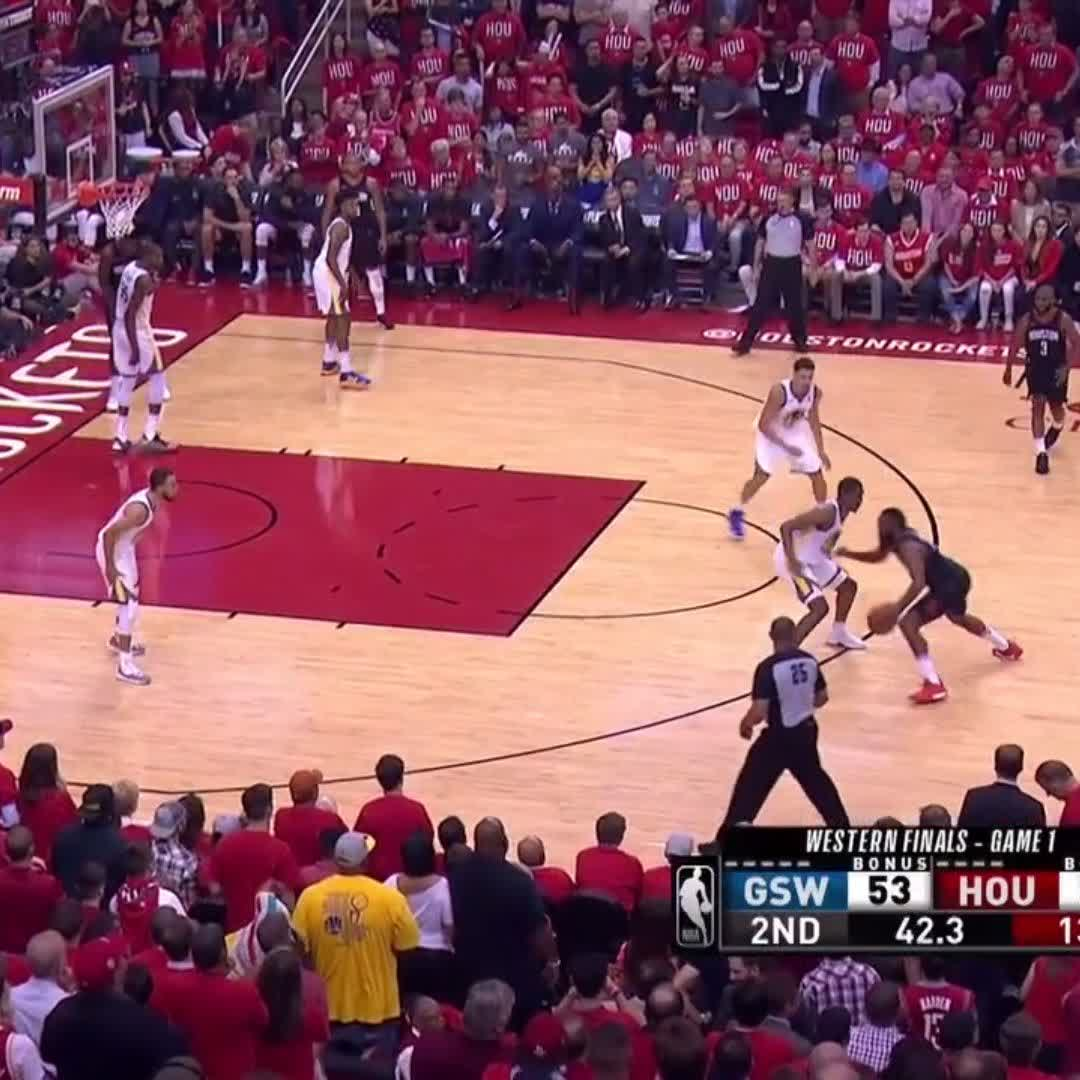 Clear the lane for @JHarden13! ��  #NBAPlayoffs | #Rockets https://t.co/BBFYs9i7Hw