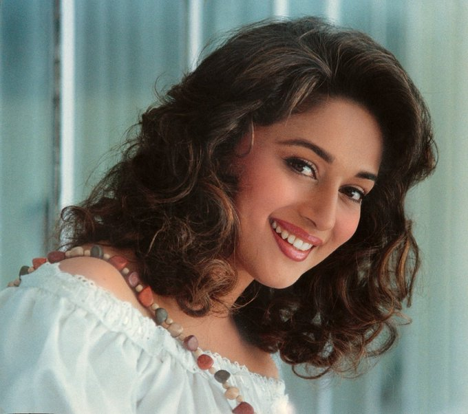 Here\s wishing the Dhak Dhak girl- Madhuri Dixit, a very happy birthday!