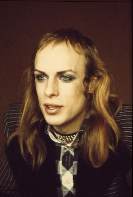 This young lad is 70 today. Happy birthday to Brian Eno!