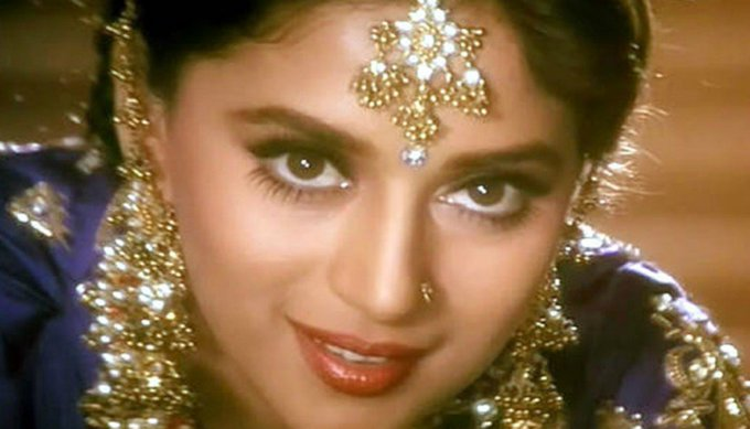 Happy Birthday madhuri dixit Mam