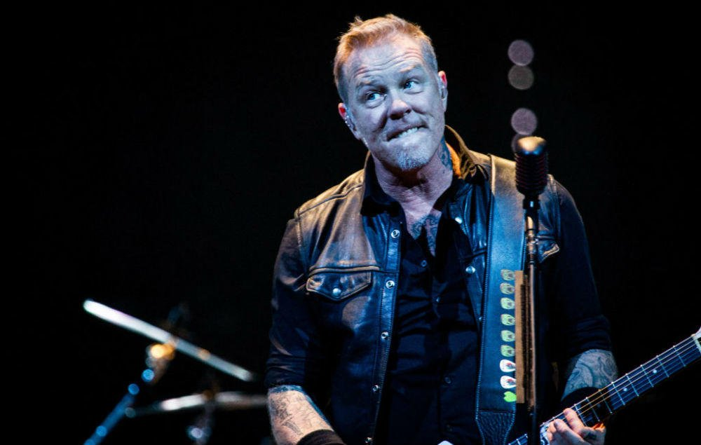Metallica say they have no regrets about their legal battle with Napster https://t.co/mCy1xUyZul https://t.co/8Zi125Qvsg