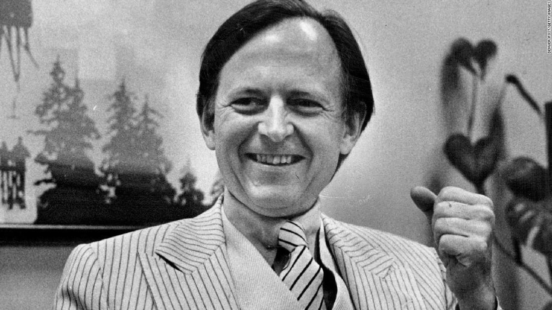 What you need to know about Tom Wolfe   By Jeffrey Toobin via @CNNOpinion https://t.co/7puATZop87 https://t.co/LQg5zBiFvc