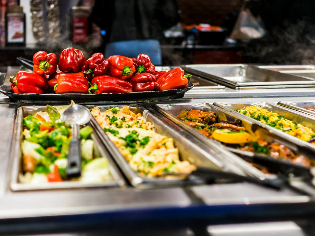 Buffet workers answer 12 questions you've always had about buffets https://t.co/J0ATTUVGHN https://t.co/v8nsrSrWLI