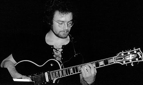 Happy Birthday to Prog pioneer, Robert Fripp!