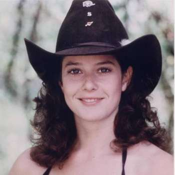 HAPPY BiRTHDAY, TODAY & EVERYDAY  May 16, 1955     Debra Winger,  American actress.