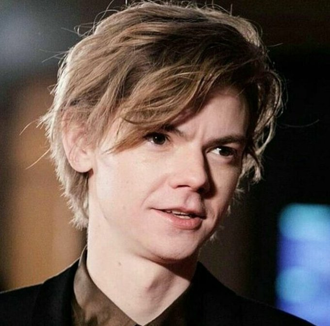 HAPPY BIRTHDAY, THOMAS BRODIE-SANGSTER!
