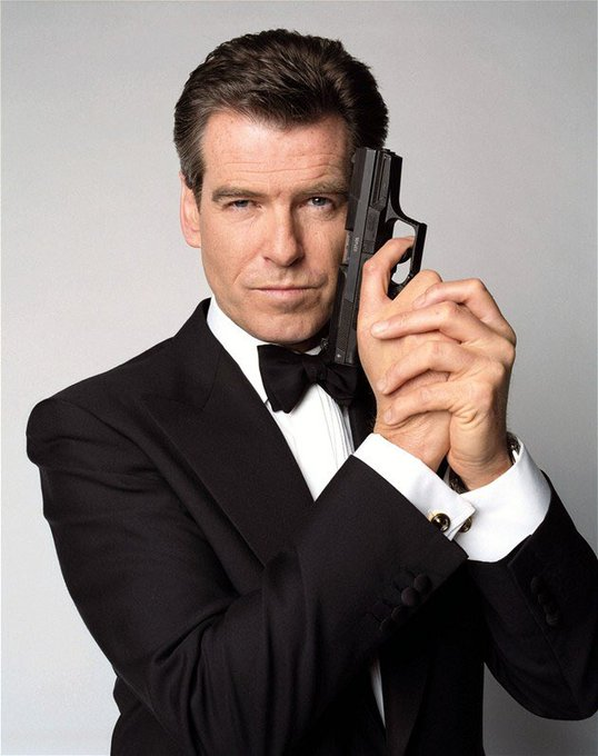 Happy birthday to my favorite second James Bond actor Pierce Brosnan