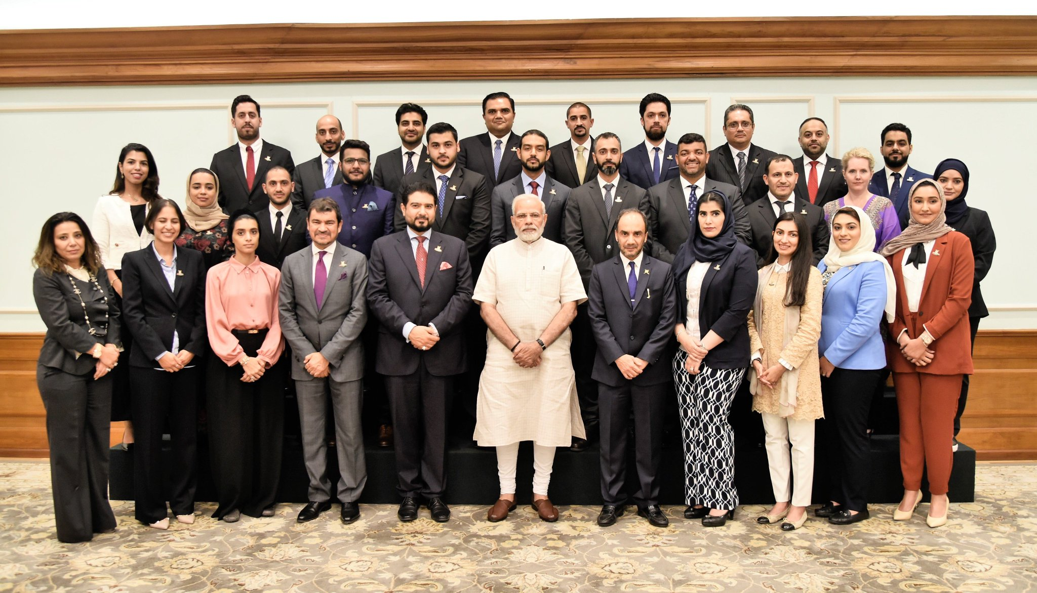 Members of Oman India Joint Business Council meet PM @narendramodi. https://t.co/vCyPYFgVHR https://t.co/0SOkLPPZPb