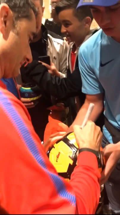 ��  Johannesburg ���� ✍️ Ernesto Valverde ⚽️ #SundownsBarça ���� https://t.co/DKO2s6cdTy