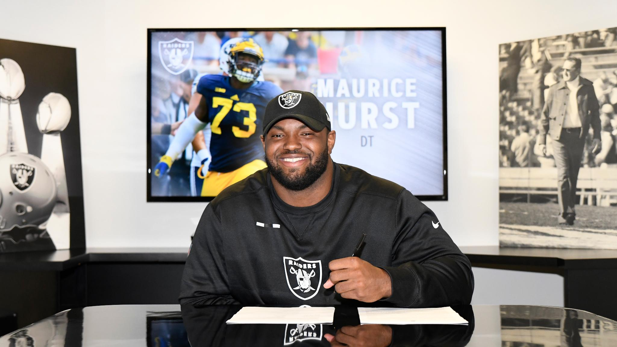 The Raiders have signed fifth-round pick @mohurstjr.  More: https://t.co/urCkdXJkSz #RaiderNation �� https://t.co/iK0BYItM6L