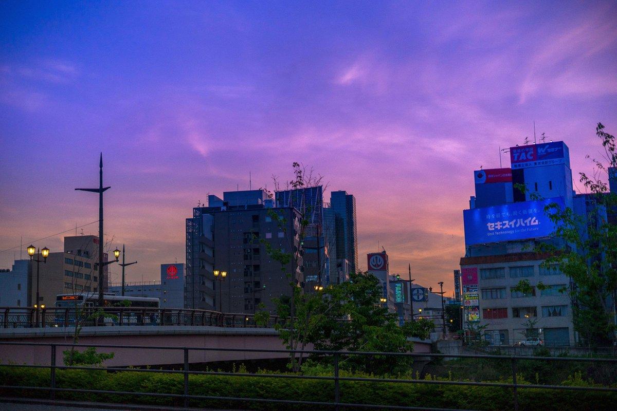 2018.05.16 熊本 , 市街地  久々夕焼け空の下で町並みが撮れたので。 色合いクドくなりす