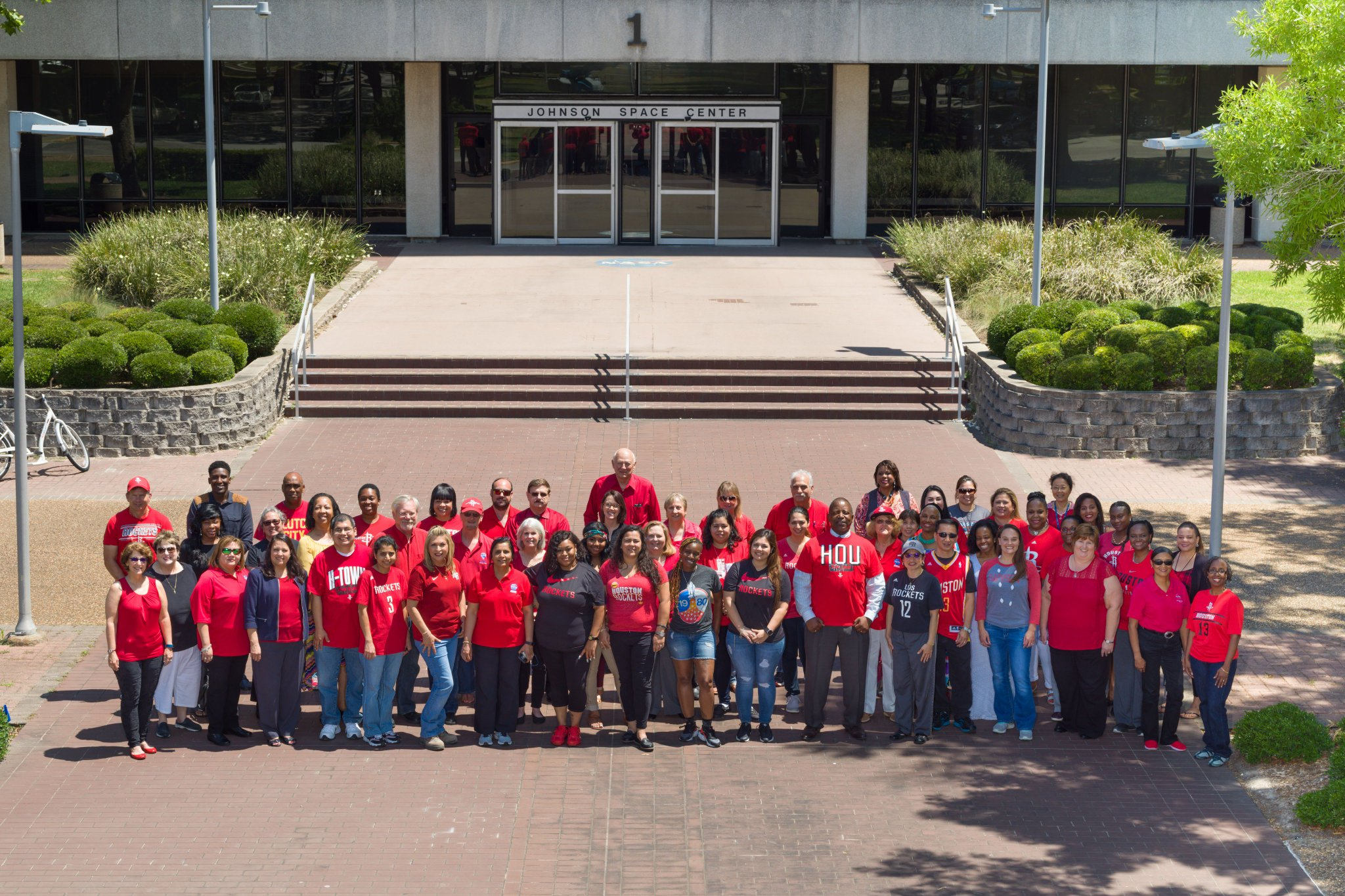 Employees wore their @HoustonRockets red today to support their hometown team in the Western Conference Finals! https://t.co/KlyVOxm4RC
