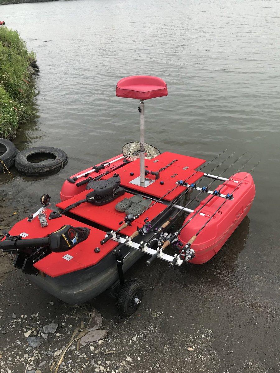 今日は荒川でフロートボート トップで釣る気満々だったけど、一段下げて表層でスモールなスモール シーバス、こんな浅瀬まで上がって来てる https://t.co/co7UNpmN2N