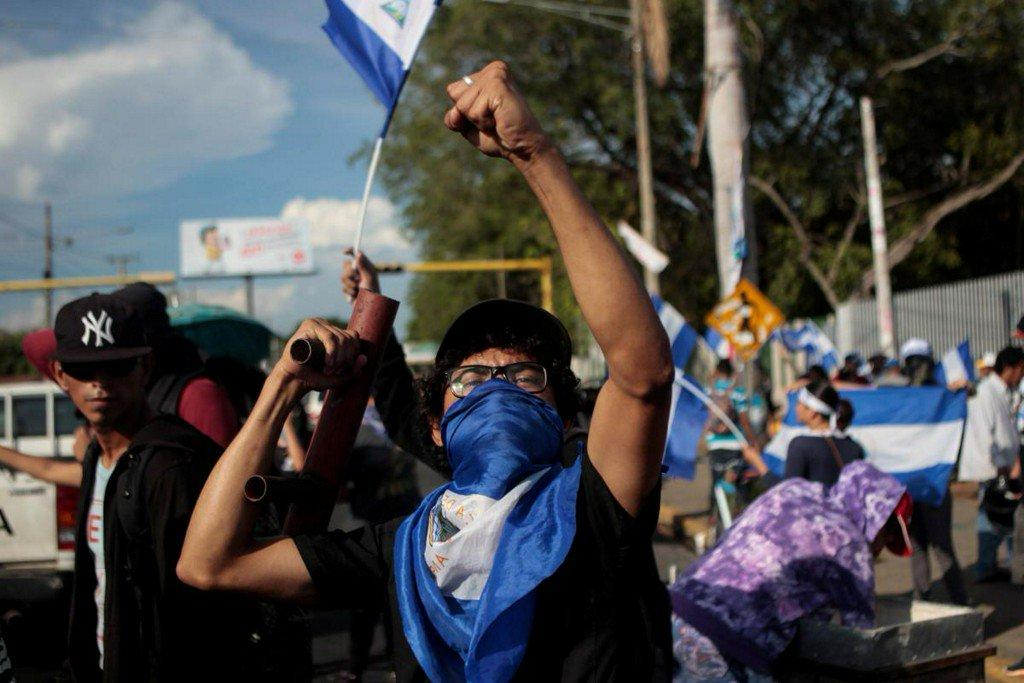 Nicaraguan students yell 'Murderer' at Ortega, demand he resign https://t.co/XG8tTMDPoc https://t.co/JpgJuDUtCP