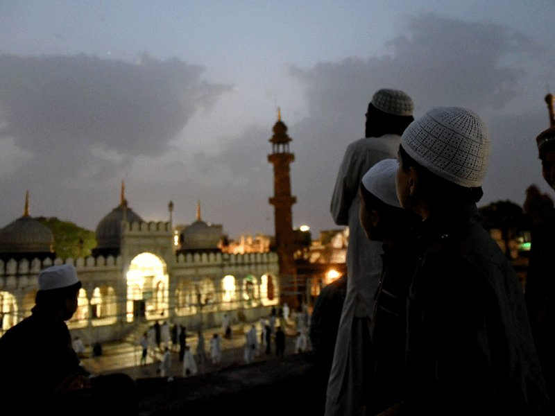 Why Muslims observe Ramzan and what is the significance of the fast   Read: https://t.co/hiBR2qWBfU https://t.co/p1lWvQvLKI