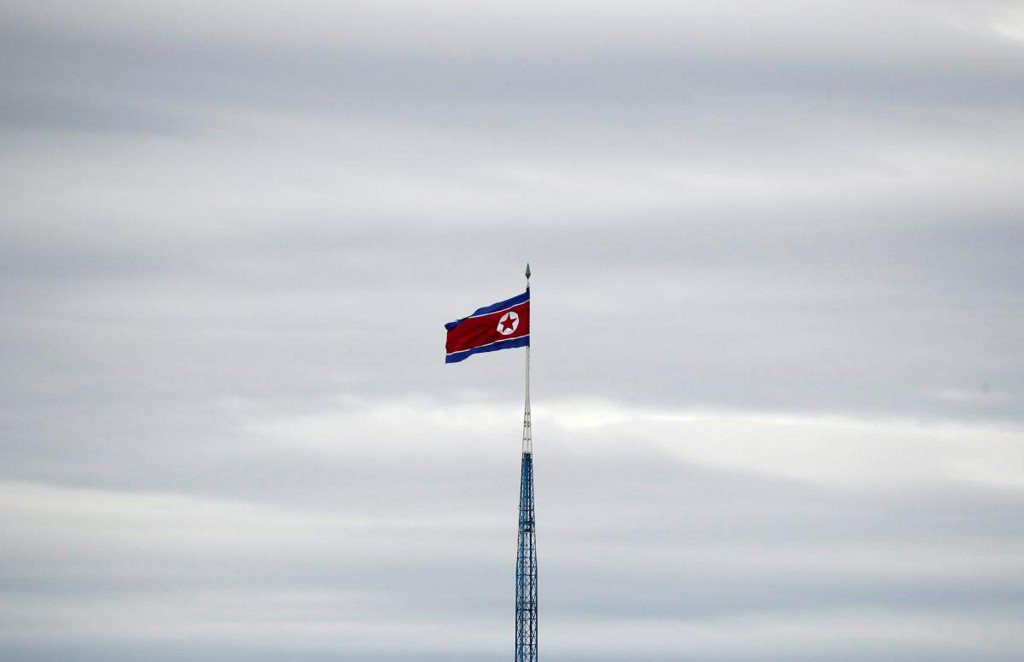 South Korea offers to mediate to clear doubts over North Korea-U.S. summit