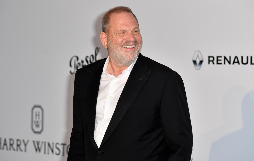 Harvey Weinstein reportedly set to turn himself in on sex crime charges https://t.co/oLsImBNdoV https://t.co/TD5TPLEuuR