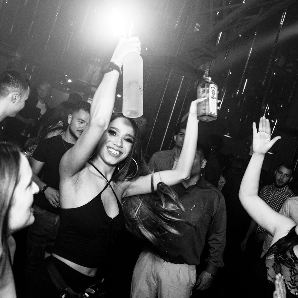 test Twitter Media - No other party quite like @UNIUNnightclub on a Saturday - see you tomorrow night. 😉  Ladies free before 11:30pm on guest list - https://t.co/3VW8jcf4bG https://t.co/QfWHWUb2md
