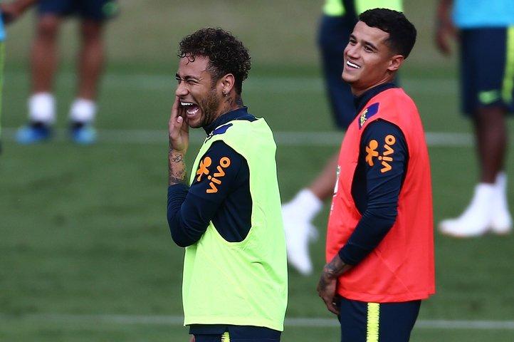 @BroadcastImagem: Com Neymar em campo, seleção faz primeiro treino com bola na Granja Comary. Wilton Júnior/Estadão