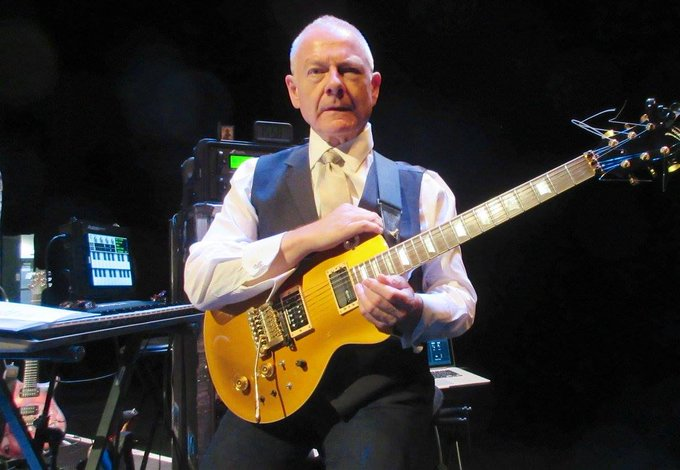 Happy Birthday, Robert Fripp !
