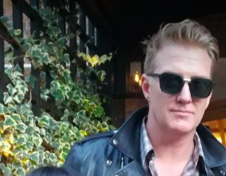 And Happy Birthday to Josh Homme <3
