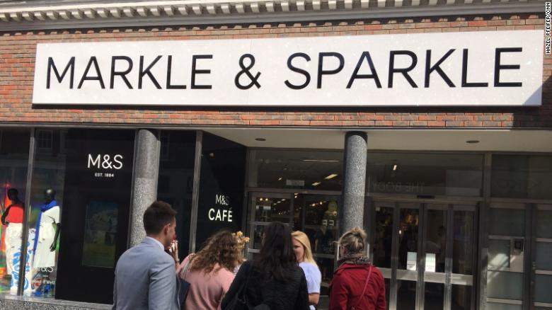 Windsor's local Marks & Spencer department store has renamed itself for the #royalwedding https://t.co/nvFPCYW1qM https://t.co/L3ryyg1llB