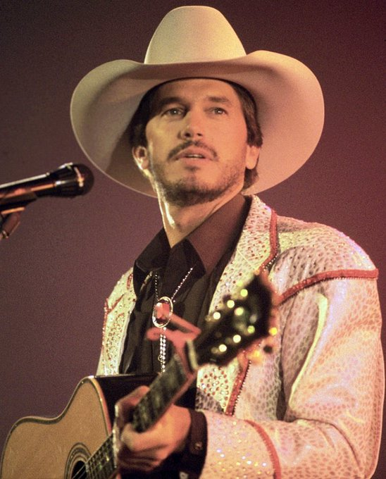 Happy birthday to George Strait. 66 years as a legend.