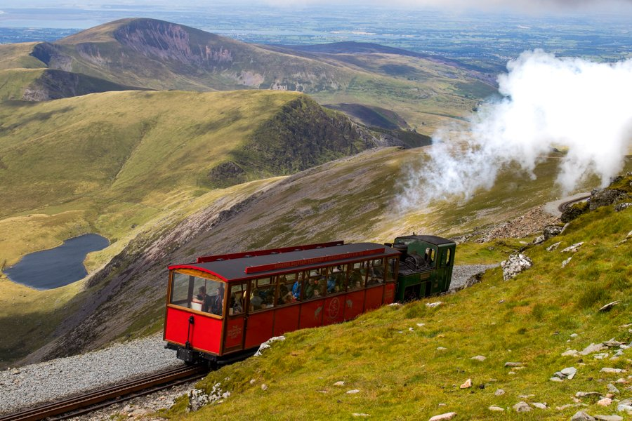 test Twitter Media - Looks like we're in for a bit of #sunshine this #weekend so how about a trip up #Snowdon on one of our fabulous trains?  Book online https://t.co/by9uq38BX2 #FridayFeeIing @visitwales @visit_snowdonia https://t.co/QKH1yujeRo