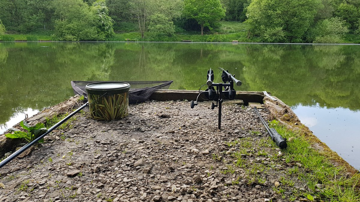 The rods are on the spot again for the night #CarpFishing #Fishing #carpy #<b>Onthebank</b> #scaly #
