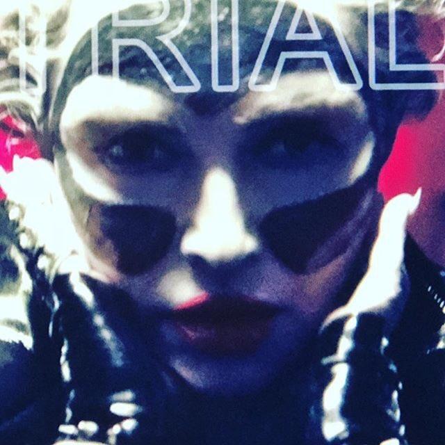 Everyone Wears a Mask.............????♥️ #perception #illusion #beauty  #stevenkleinstudio https://t.co/ZmVXtelPCD