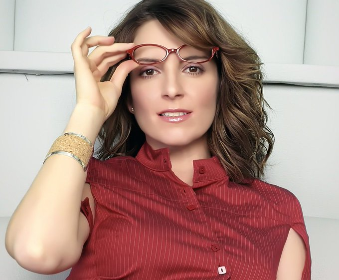 Happy 48th birthday to Tina Fey today!