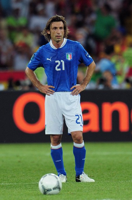 Happy birthday Andrea Pirlo(born 19.5.1979)