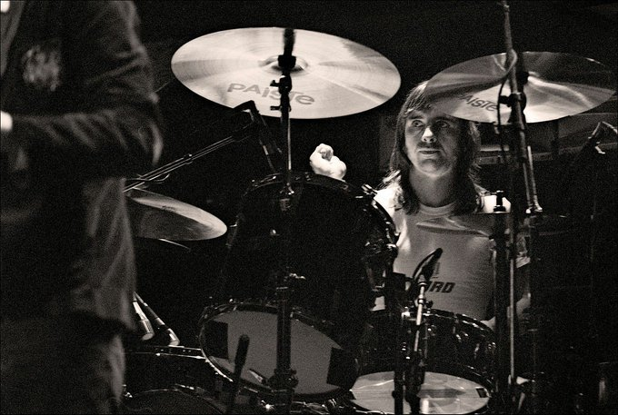 Happy Birthday Phil Rudd.