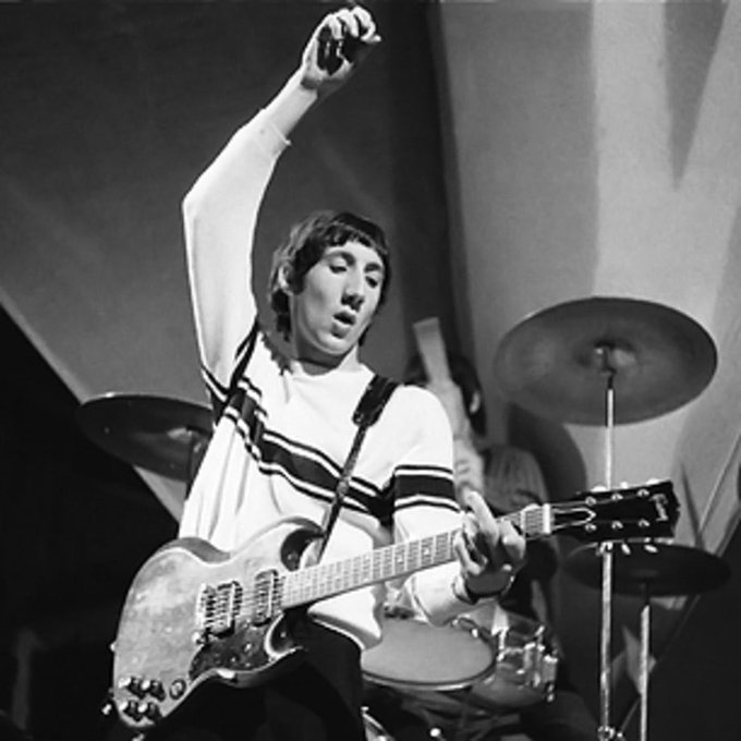 Happy birthday to Pete Townshend, born on this day in 1945