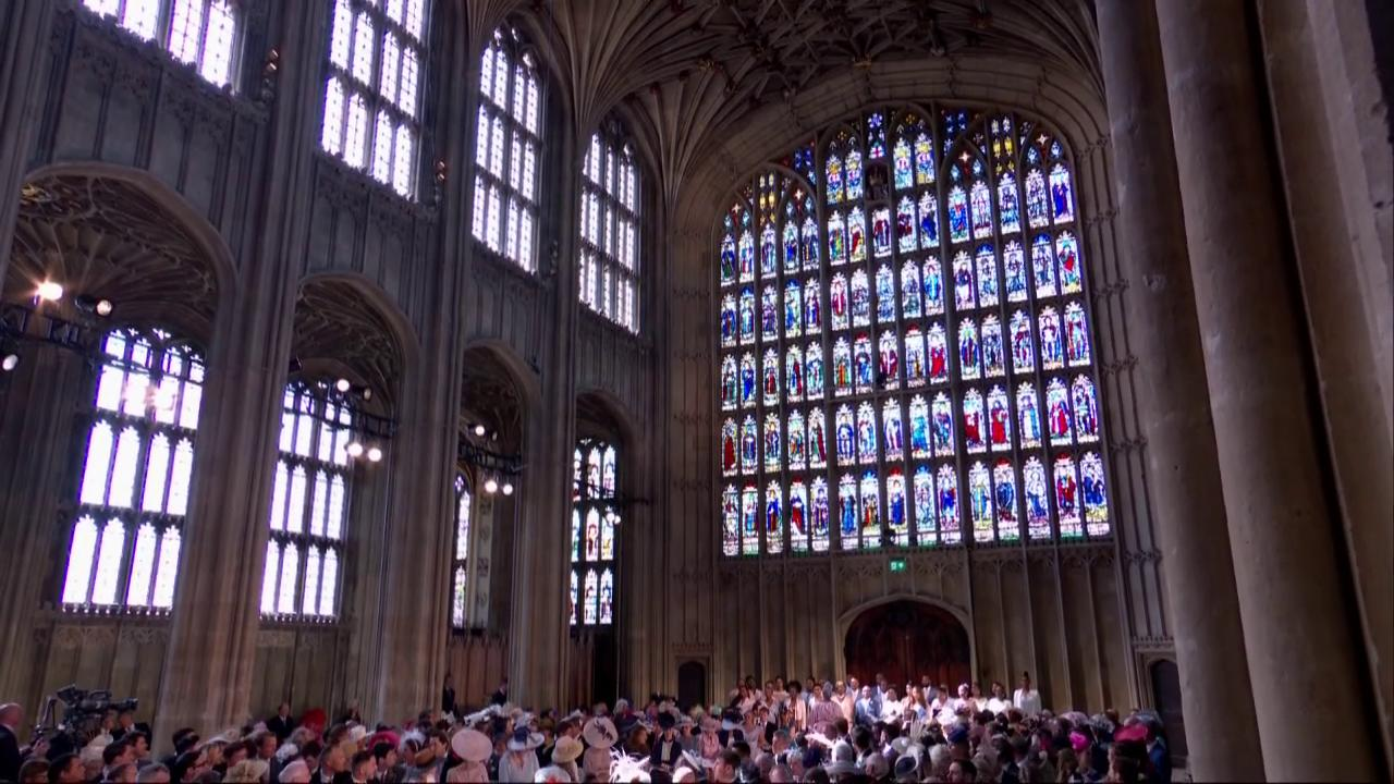 "Karen Gibson and @TheKingdomChoir sing ""Stand by me"" from the West End of the Chapel #RoyalWedding https://t.co/4V1avJlY3K"