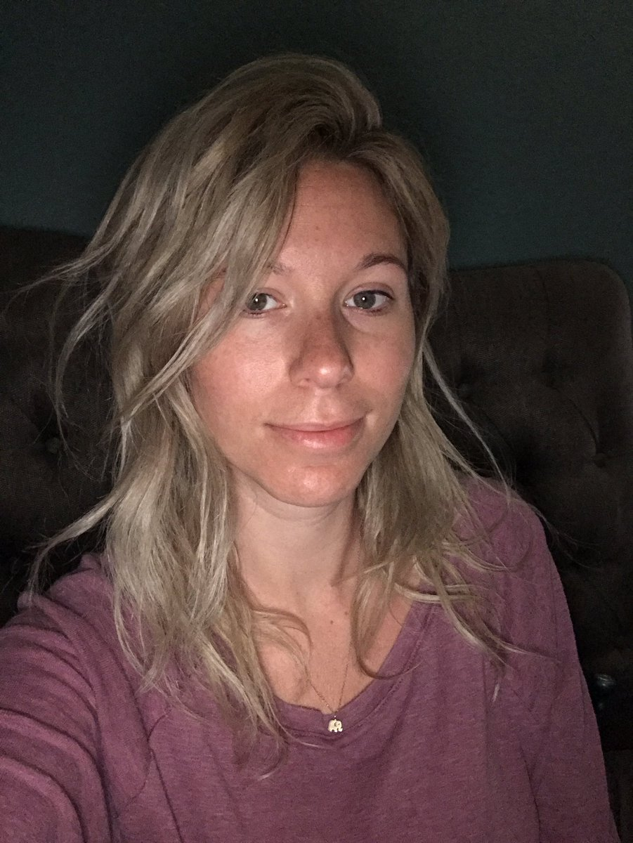 1 pic. I love my morning hair ❤️ Y97BwIdOFR