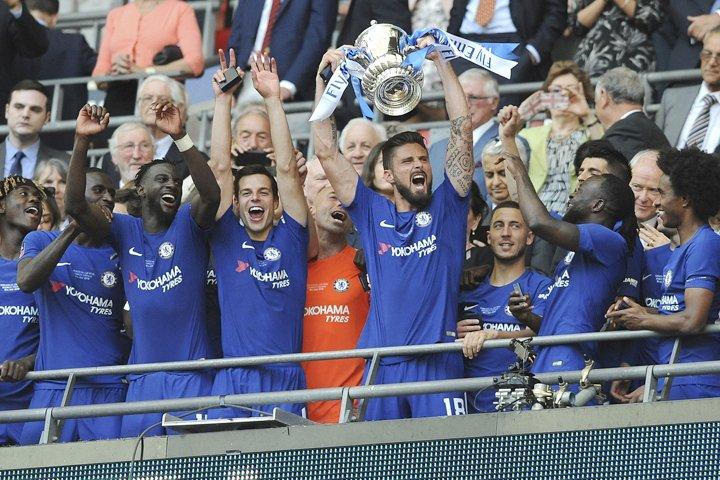 @BroadcastImagem: Chelsea bate Manchester United e salva temporada com título da Copa da Inglaterra. Rui Vieira/AP