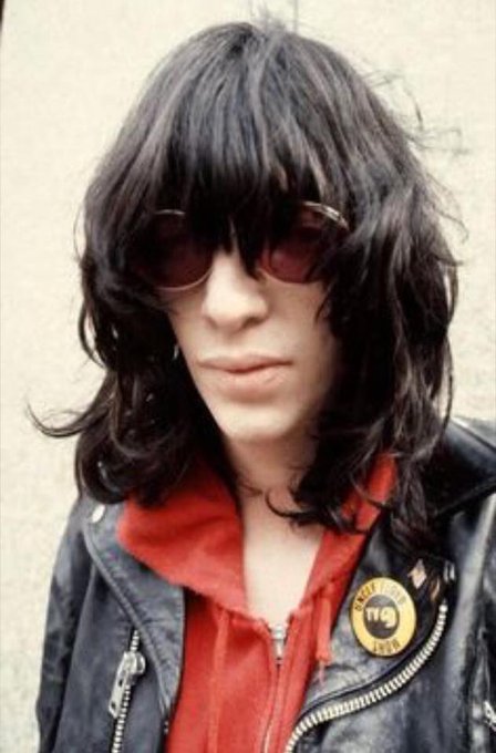 Happy Birthday Joey Ramone. Thanks for all the great music.