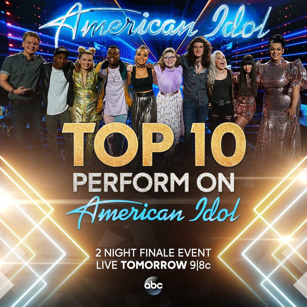 Guess who's back!!  ��#AmericanIdol #IdolFinale https://t.co/Kiqtf8njss