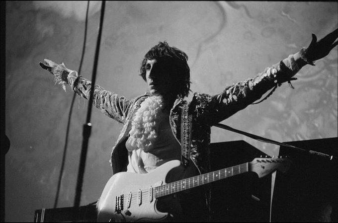 Happy Birthday Pete Townshend!!!